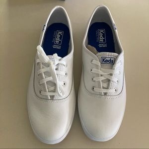 NEW Keds White Champion Low Top Leather Sneakers 8